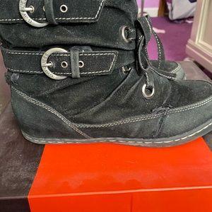 🛑FINAL🛑 Guess winter boots